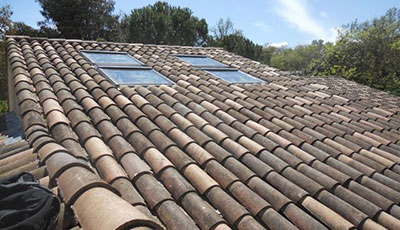 pose de velux cannes pose fen tre de toit 06 france toitures compagnons. Black Bedroom Furniture Sets. Home Design Ideas